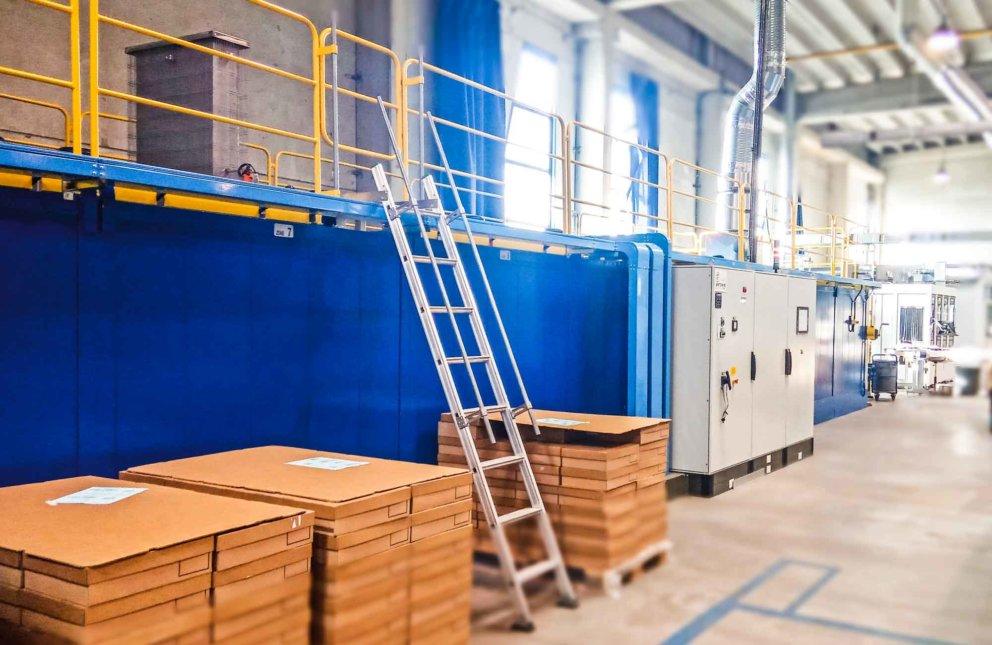 Neue Siebdrucklinie innerhalb der Produktionsstätte