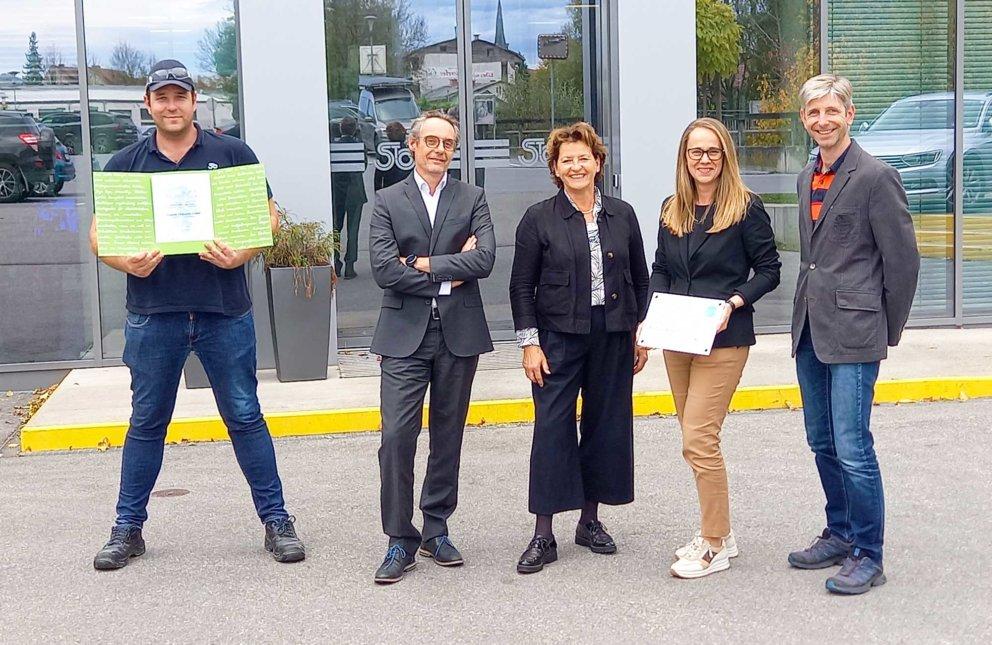 Klimaschutzbildung: Auszeichnung für Stoelzle Oberglas